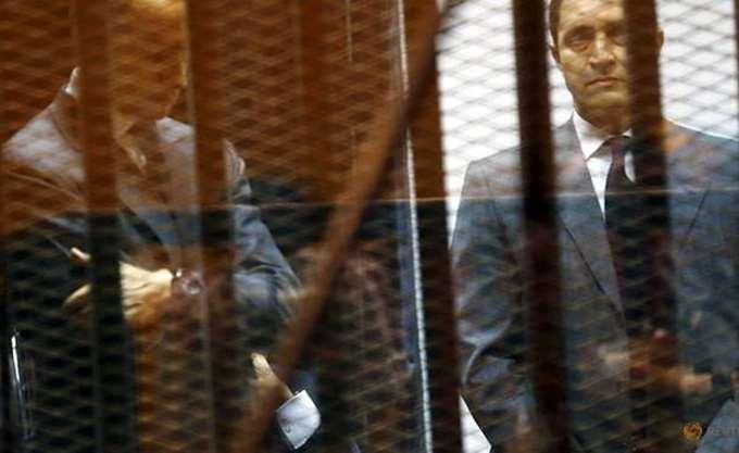 Αίγυπτος: Δικαστήριο διέταξε την σύλληψη των δύο γιων του πρώην προέδρου Χόσνι Μουμπάρακ