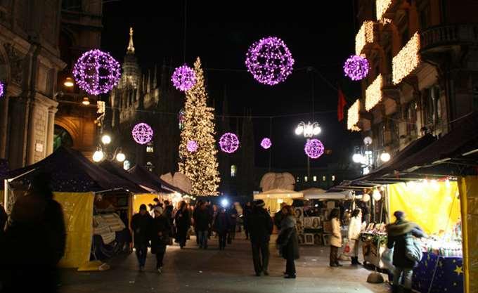Ιταλία: Μεθυσμένος οδηγός παρέσυρε πεζούς σε χριστουγεννιάτικη αγορά
