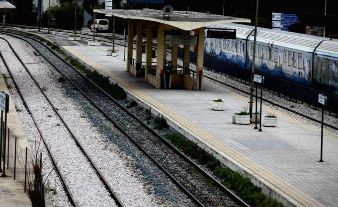 Στο ίδιο τραπέζι κάθισαν Ιταλοί και Έλληνες σιδηροδρομικοί