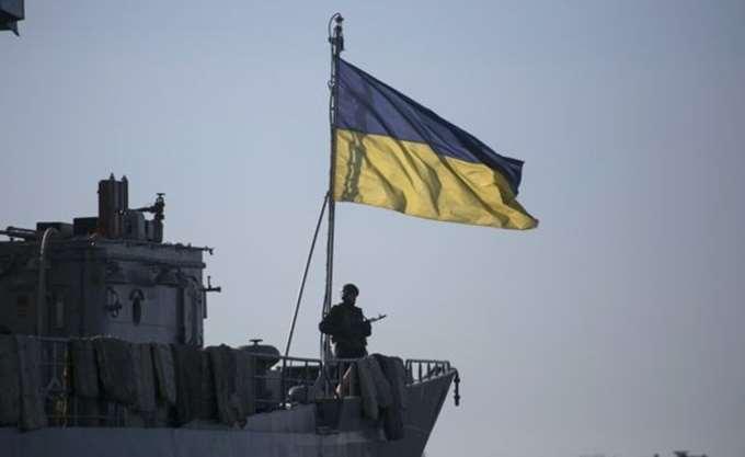 Τα ουκρανικά πλοία που συνελήφθησαν από τη Ρωσία βρίσκονται στο λιμάνι του Κερτς