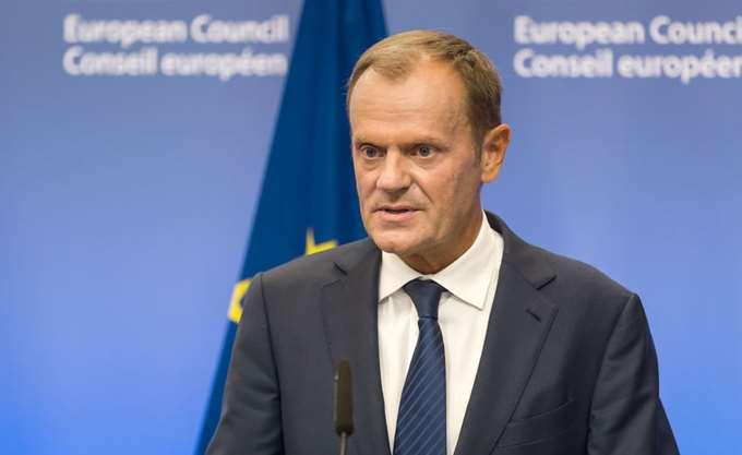 Brexit: Έκτακτη Σύνοδο Κορυφής στις 25 Νοεμβρίου συγκαλεί ο Τουσκ