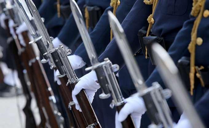 Ομοσπονδία Ενώσεων Στρατιωτικών: Όχι σε περικοπές στον τομέα της άμυνας
