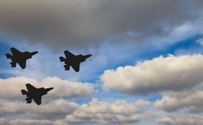 ΗΠΑ: Καθηλωμένα στο έδαφος όλα τα αεροσκάφη F-35