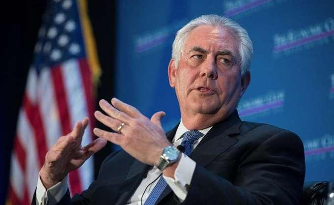 """""""Γελοίες"""" χαρακτηρίζει ο Αμερικανός ΥΠΕΞ Ρεξ Τίλερσον τις φήμες ότι εξωθείται σε παραίτηση"""