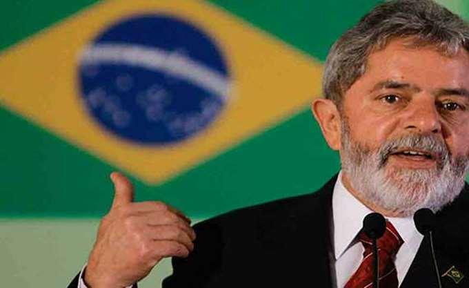 Βραζιλία: Ο πρώην πρόεδρος Λούλα λέει ότι θα παραδοθεί στην αστυνομία