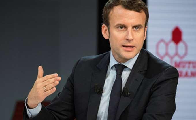 "Le Monde: Πολλά τα ""καυτά"" θέματα που περιμένουν τον πρόεδρο Μακρόν αυτή τη χρονιά"