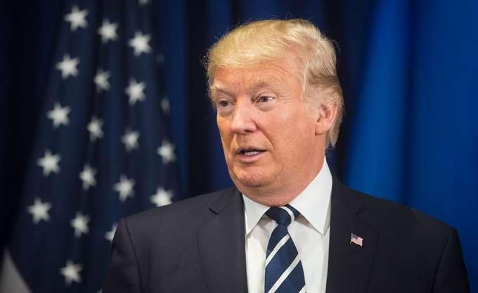 Μείωση της δημοτικότητας του Τραμπ κατά 5 ποσοστιαίες μονάδες στον απόηχο της έκθεσης Μάλερ