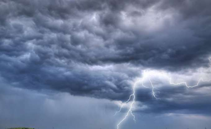 """Η νέα κακοκαιρία """"Ορέστης"""" θα επηρεάσει την Ελλάδα με ισχυρές βροχές από τη Δευτέρα"""