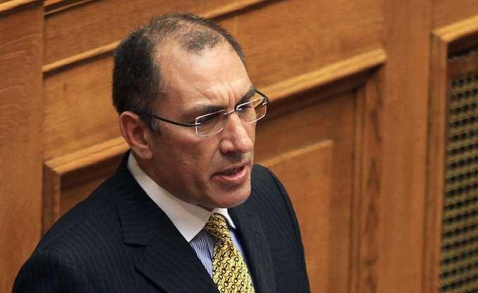 Δ. Καμμένος: Τη Δευτέρα παραιτούμαι από Αντιπρόεδρος της Βουλής