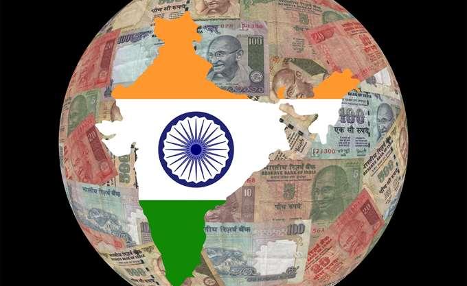 Σε ιστορικό χαμηλό η ινδική ρουπία έναντι του δολαρίου