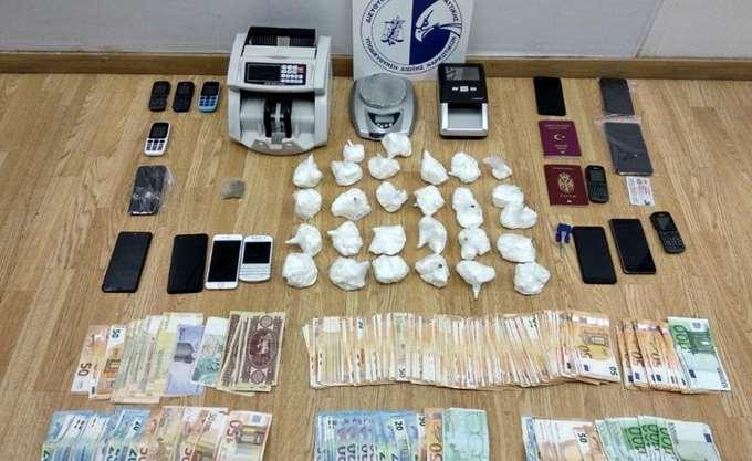 Μεγάλη ποσότητα κοκαΐνης εντόπισαν τελωνειακοί στη Ρόδο
