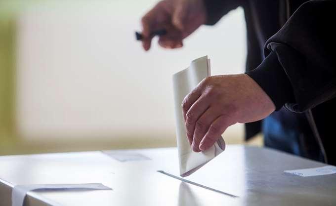 Ρέθυμνο: Σε τέσσερα εκλογικά τμήματα δόθηκε παράταση 15 λεπτών