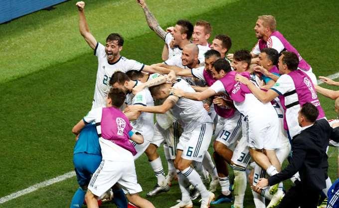 """Μουντιάλ: Οι Ρώσοι προκρίθηκαν στους """"8"""" - εκτός και η Ισπανία"""