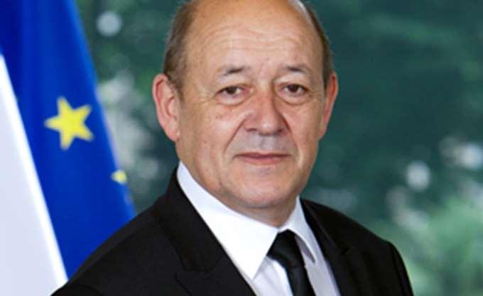 Μεταναστευτικό και αμυντική συνεργασία Ελλάδας-Γαλλίας στην ατζέντα της επίσκεψης του Ζαν Ιβ Λε Ντριάν στην Αθήνα