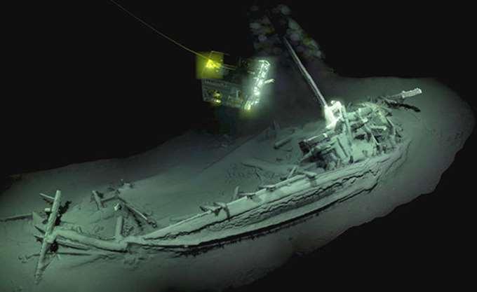Βρέθηκε στη Μαύρη Θάλασσα το αρχαιότερο άθικτο ναυάγιο στον κόσμο, ένα αρχαίο ελληνικό πλοίο