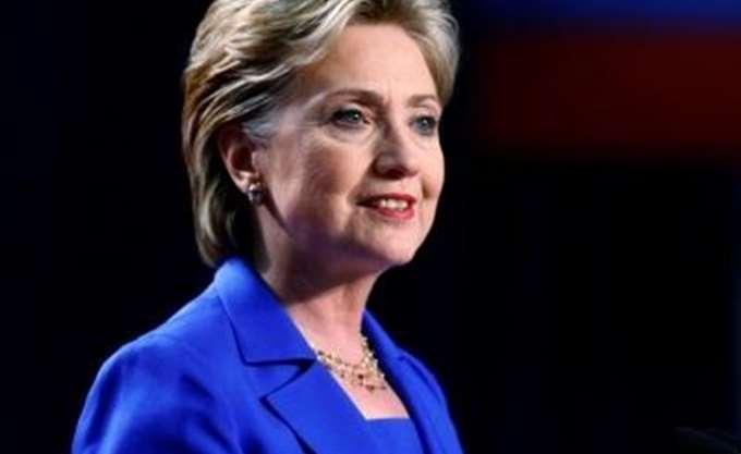 Χίλαρι Κλίντον: Η Ευρώπη θα πρέπει να ελέγξει το μεταναστευτικό
