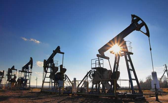 Ανακάμπτει το πετρέλαιο μετά τις χθεσινές ρευστοποίησεις