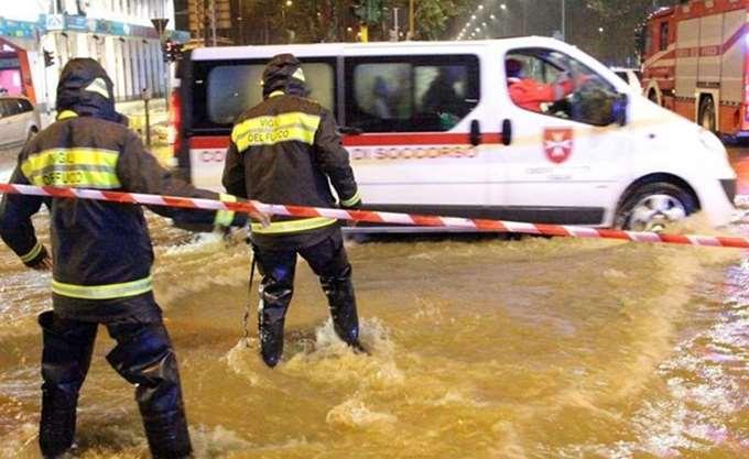 Δώδεκα νεκροί από τις πλημμύρες στη Σικελία