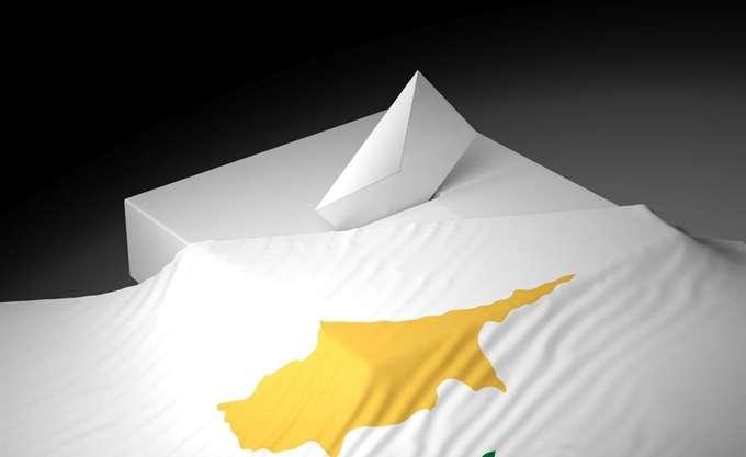 Κύπρος: Από δύο έδρες ΔΗΣΥ και ΑΚΕΛ