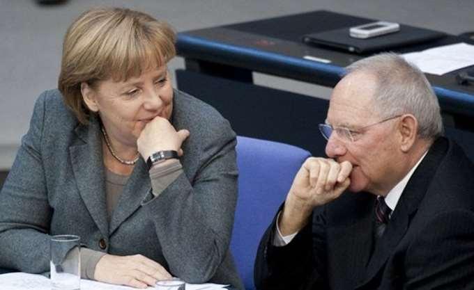 Πεπεισμένος ο Σόιμπλε για την επανεκλογή της Μέρκελ στο CDU