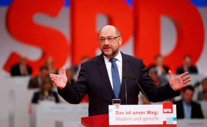 """""""Λάκκο με φίδια"""" χαρακτήρισε την ηγετική ομάδα του SPD η αδελφή του Μάρτιν Σουλτς"""