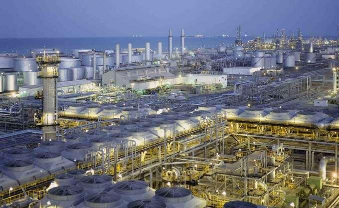 Saudi Aramco: Στηρίζεται σε ξένα κεφάλαια για τον στόχο των 100 δισ. δολ. της ΙΡΟ