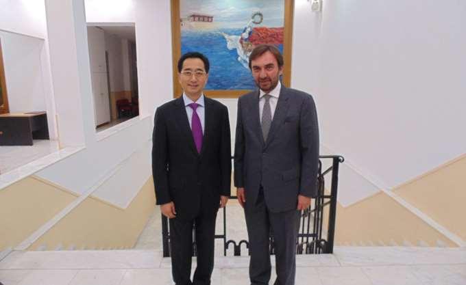 Συμφωνητικό συνεργασίας μεταξύ Περιφέρειας Κρήτης και της αυτόνομης Κινεζικής Περιφέρειας Guangxi Zhuang