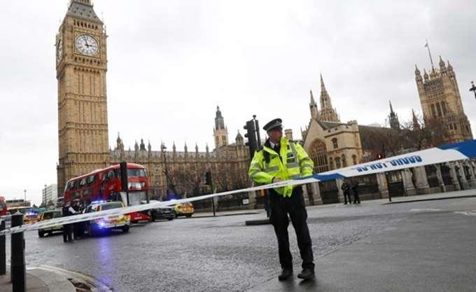 Λονδίνο: Ένας επιβάτης τραυματίας σε επίθεση με μαχαίρι σε τρένο