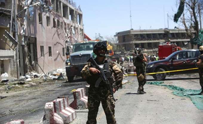 Αφγανιστάν: Το ΙΚ ανέλαβε την ευθύνη για τη φονική επίθεση σε υπουργείο στην Καμπούλ