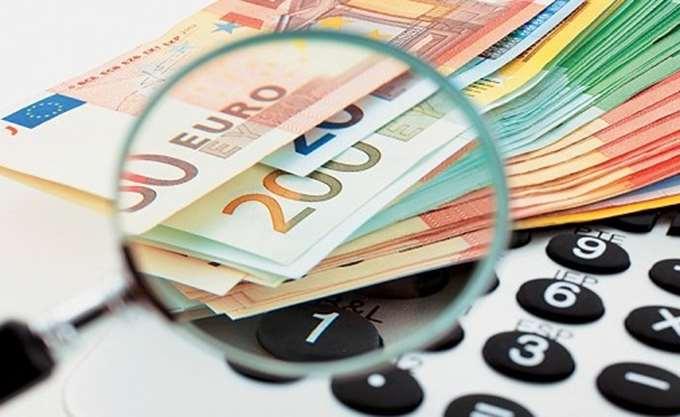 ΔΝΤ: Ενα χρόνο νωρίτερα η μείωση του αφορολόγητου