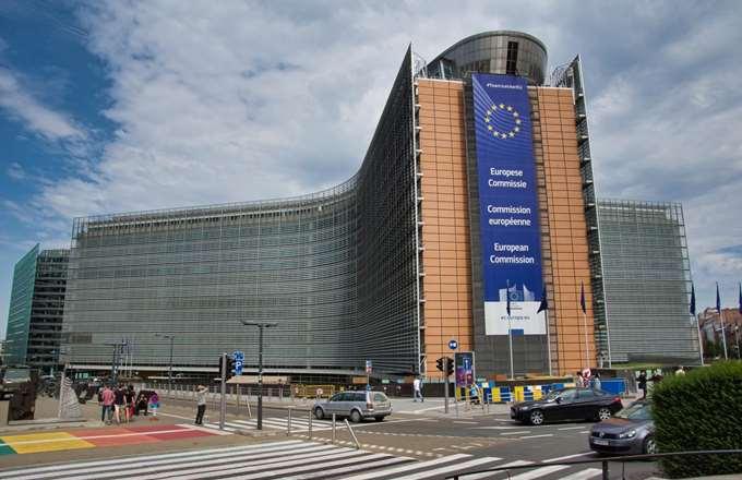 """Ποιες επενδύσεις """"ξεκλειδώνουν"""" το πακέτο των 32 δισ. ευρώ"""