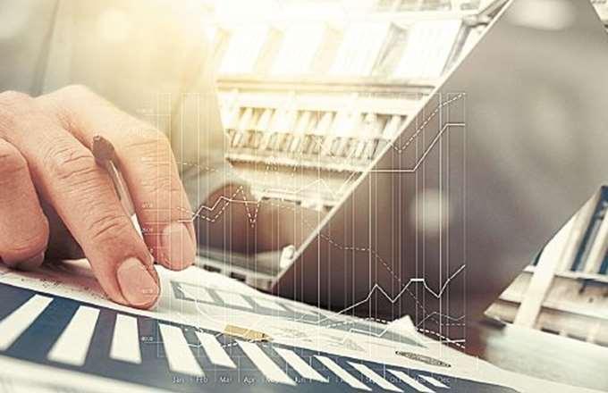 """Μειώθηκαν κατά 8,8 δισ. ευρώ τα """"κόκκινα"""" δάνεια στο α' εξάμηνο 2019"""