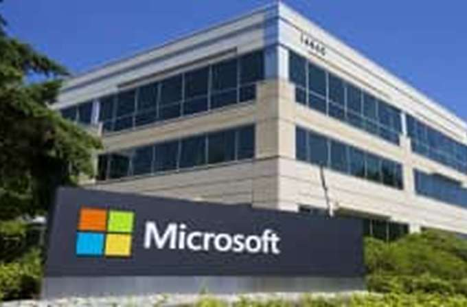 Απομάκρυνση του επικεφαλής των Windows έφερε ο ανασχεδιασμός στη Microsoft