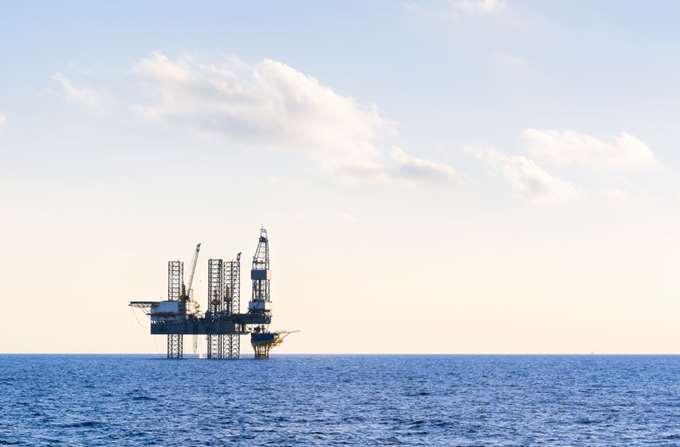 γεωτρήσεις πετρέλαιο
