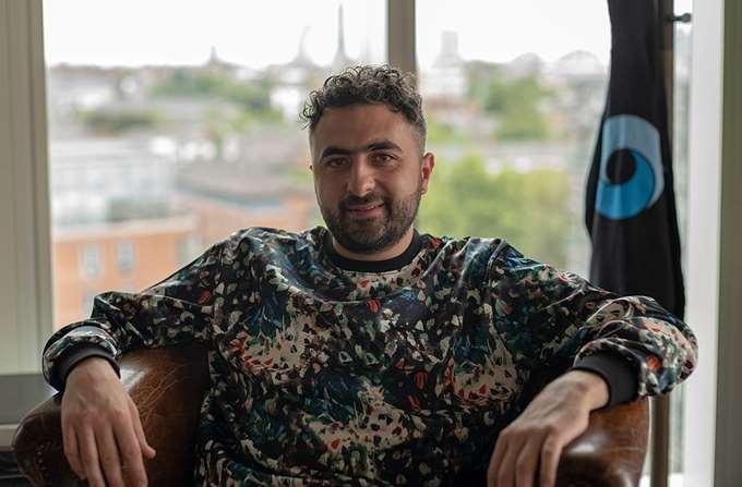 Mustafa Suleyman (ΠΡΟΣΟΧΗ - θέλει credits)