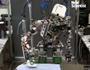 Η χαρά της νοικοκυράς... ρομπότ σιδερώνει ρούχα!